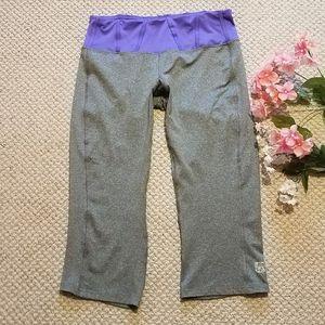 APANA Wide leg Capri athletic pants W/waist pocket